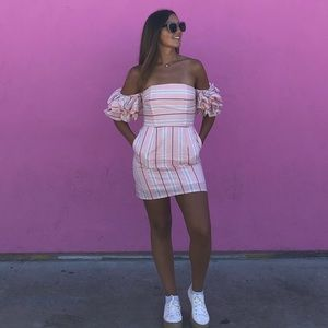 Baby pink striped Dress with puffed sleeve